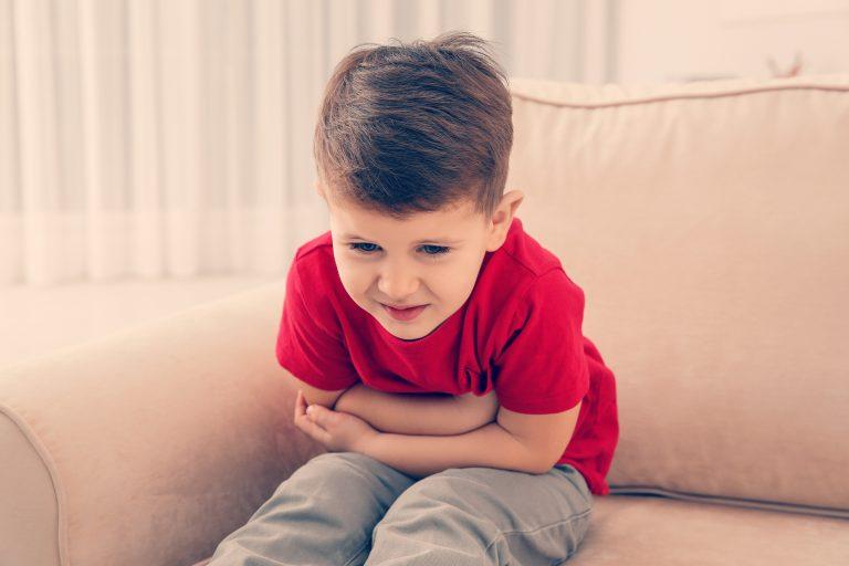 Cómo detectar y tratar las lombrices y otros parásitos infantiles frecuentes