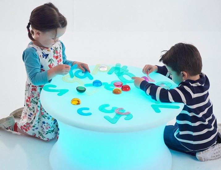 cubo-mesa-de-luz-de-leds-tickit-2