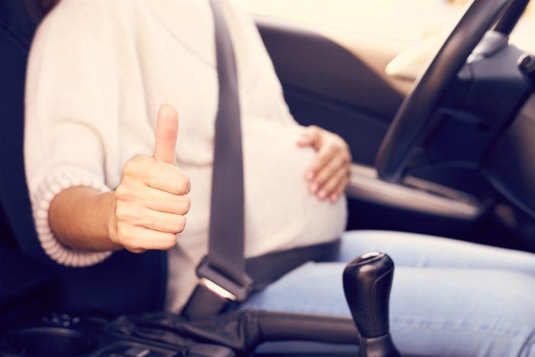 Embarazada al volante, ¿misión imposible?