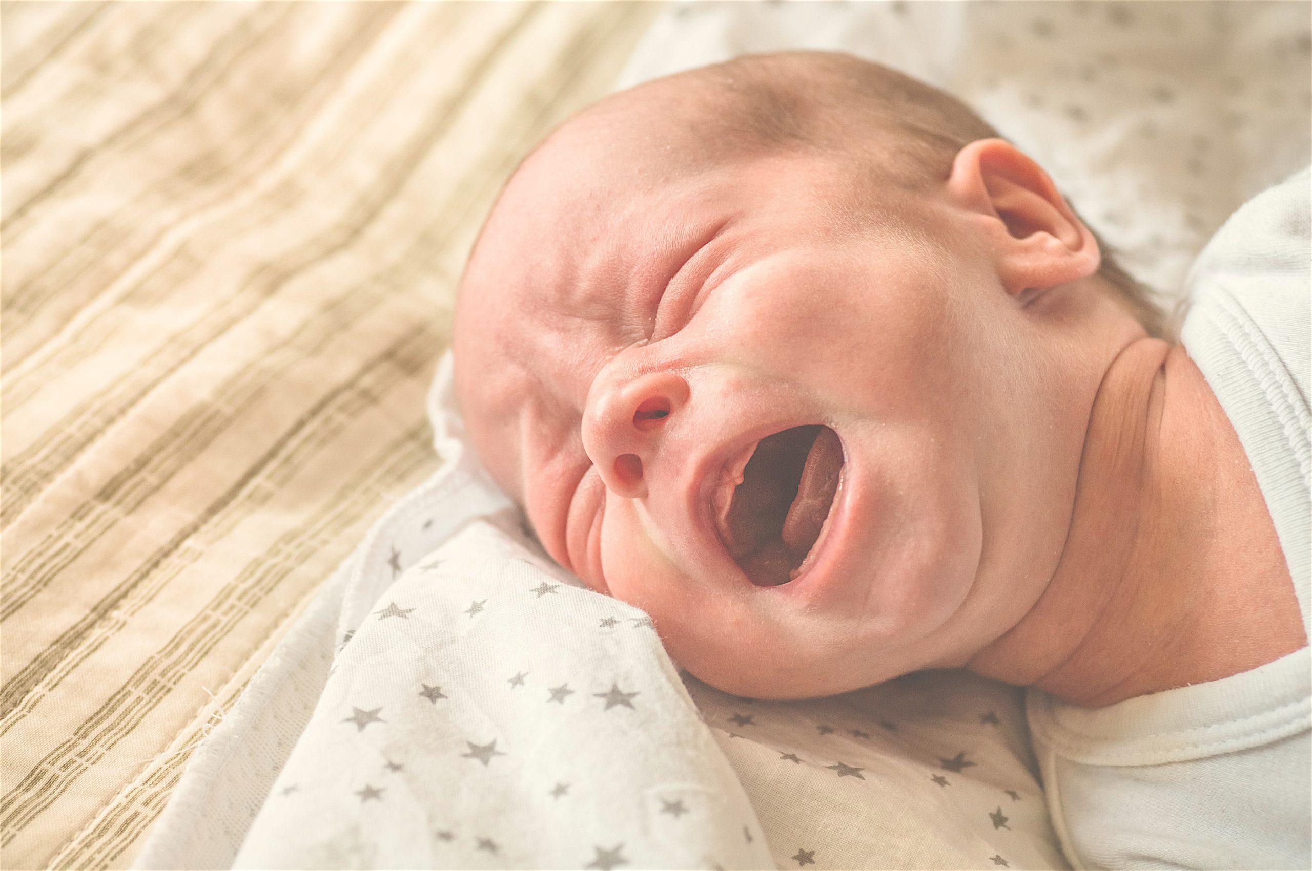 ¿Por qué lloran los bebés al nacer?